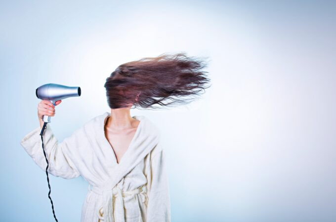 Simple and Useful Tips to Stop Hair Breakage